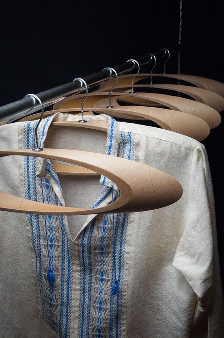 Вешалка для одежды Trempel от Виктора Пузура http://on.fb.me/1Smr8Tl