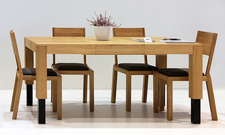 Electric lift table ROBO as a dining table. Colour: Natural. Size: 120 + 2x50x100x55-95cm. - www.miloni.pl/en MILONI: wooden table, oak table, natural wood table, table design, furniture design, modern table