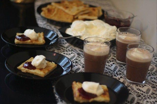 Myllyn Paras pannukakkujauhot perinteisesti tarjottuna. Testattu Hopottajat -kampanjassa www.hopottajat.fi/pannukakkujauho #paraspannari #hopopannari