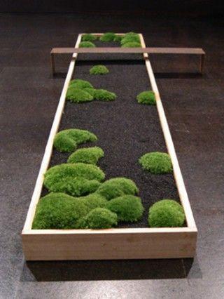 """moss """"garden"""": Miniatures Bonsai, Modern Planters, Moss Planters, Moss Gardens, Wooden Boxes, Zen Gardens, Bonsai Gardens, Nice Planters, Planters Ideas"""