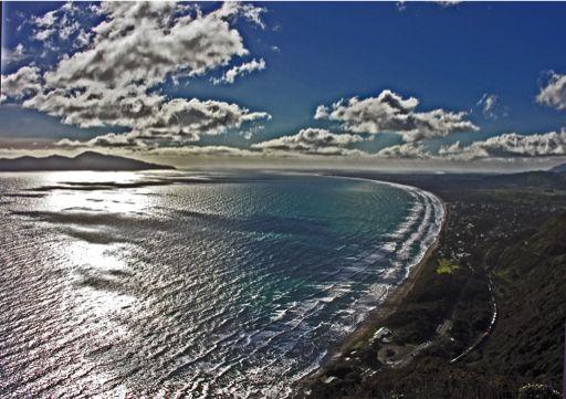 Kapiti coast, Wellington, New Zealand from Paekakariki Hill, 7 July 2006 by phillipc phillipc