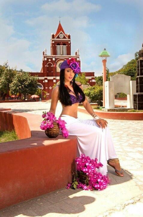 Sarodj Bertin,  Miss Haiti 2010.