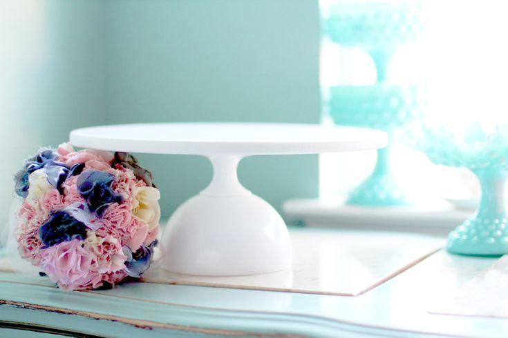 "12"" Cake Stand / White Cake Pedestal Stand / Mod Modern Cake Stand for Modern Weddings / Wedding Cake Stand / Cupcake Stand / Cake Pop Stand"