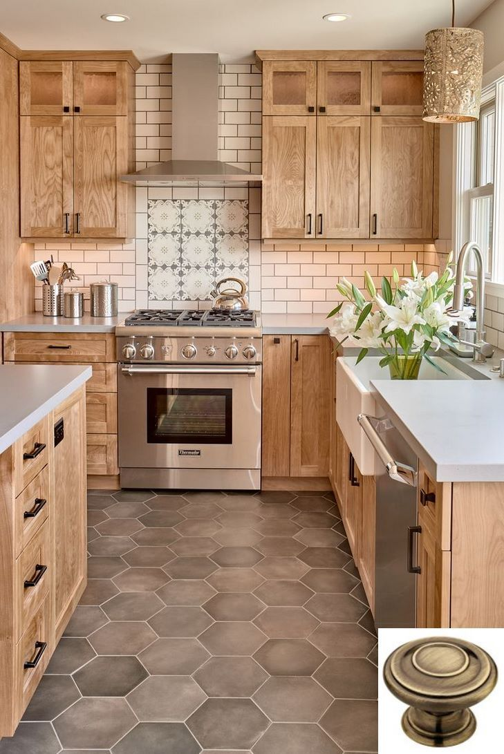 Dark Light Oak Maple Cherry Cabinetry And Used Solid Wood Kitchen Cabinets For Sale Farmhouse Kitchen Design Farmhouse Kitchen Backsplash Kitchen Design