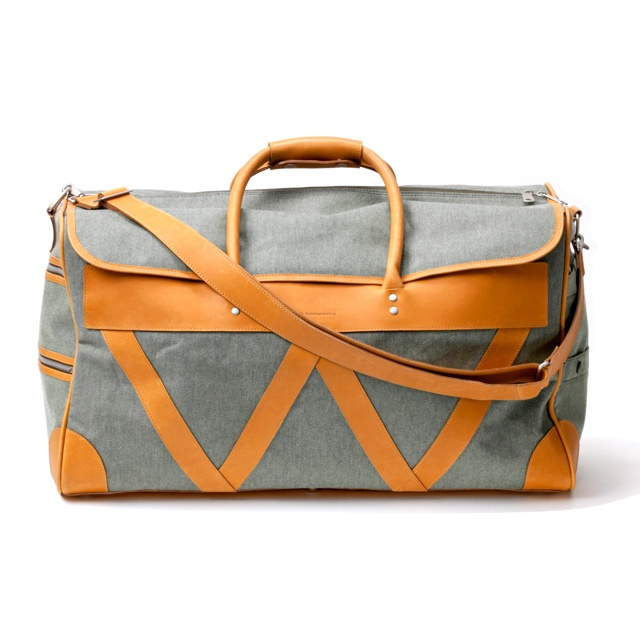 White Mountaineering: Fossil Leather, White Mountain, Men Fashion, Awesome Handbags, Neon Men, Duffle Bags, Boston Bags, Travel Purses, Classic Twill