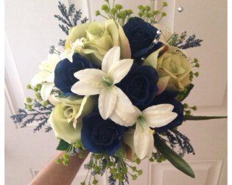EN VENTE Bouquet de mariée bleu royal par BloomsofGraceDesigns