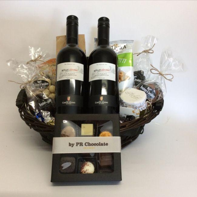 Den store gavekurv med italienske vine | Firmagaver | 500-599 kr. | Lækker blanding af italienske vine | Se meget mere her på Maggies.dk
