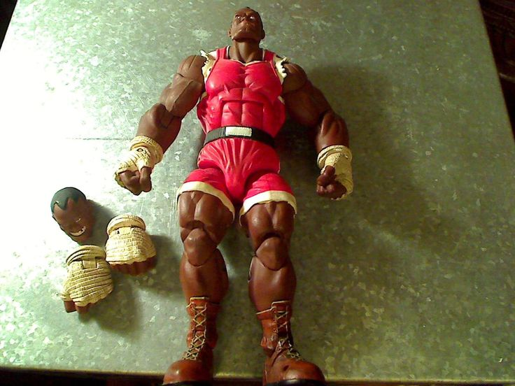 STREET FIGHTER BALROG RED OUTFIT/ SOTA TOYS/ LOOSE