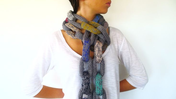Chunky Chain Scarf | Chain link scarf | Multicolor loop scarf | Unique handmade scarves (40.25 EUR) by KEENbyAM