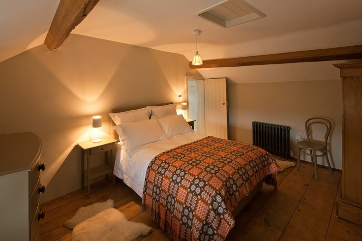 Tailor's Cottage , Snowdonia romantic holiday cottage wales UK. Dog friendly holiday cottage. Award winning Tailor's cottage - Best in Wales.