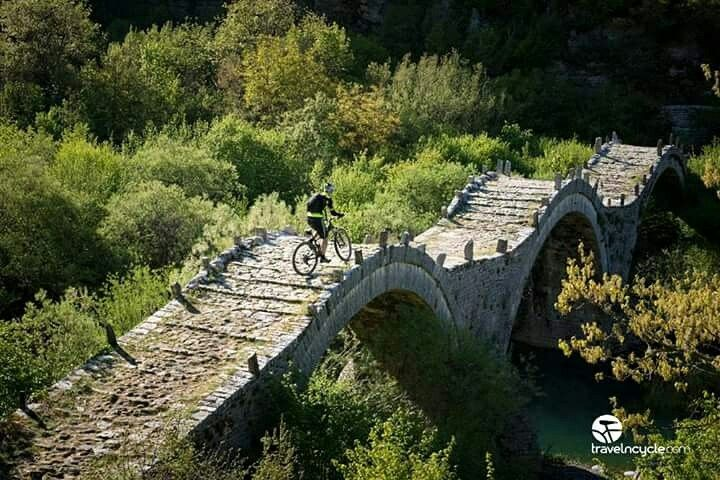 Arched stone bridge at Kipo village! #mtb #travelncycle #mountainbike #cycling #visitgreece #nature #Greece #epirus #bikevacations