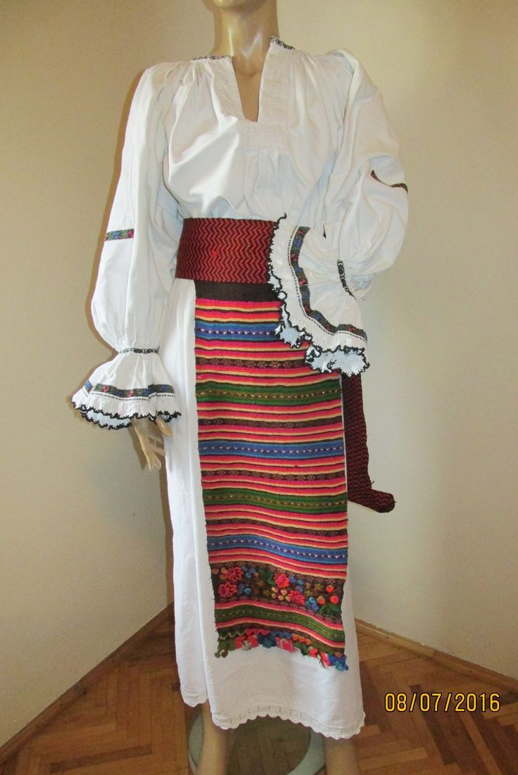Antique hand woven and hand embroidered Romanian costume from Bistrita - size M for sale at www.greatblouses.com