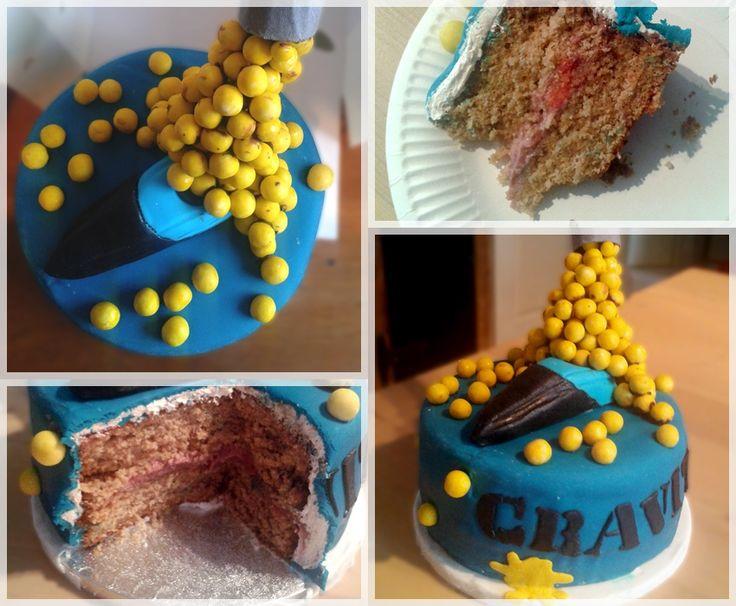 PAINTBALL GRAVITY CAKE  Gâteau praliné - crémeux framboise et framboises fraîches - crème au beurre meringuée praliné