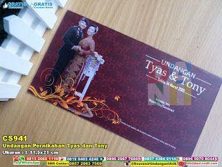 Undangan Pernikahan Tyas Dan Tony WA/SMS/TELP 0896 3012 3779 #undanganhardcover #undaganpernikahan #undanganbiru #undanganunik #undangancantik #undanganelegan #undaganmurah #designundangan #UndanganPernikahan #HargaPernikahan #souvenirMurah