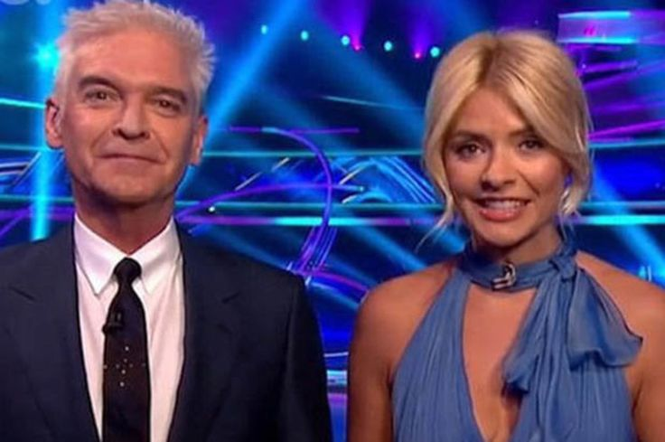 Dancing on Ice presenter Matt Chapman quits, replaced by Sam Matterface after one show