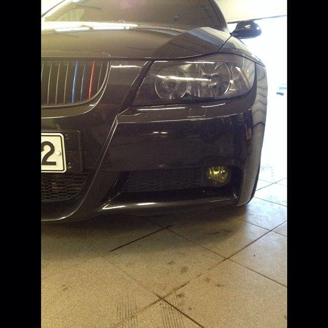 BMW E91 With Tint Lamin X Headlight Amp Yellow Fog Light