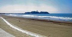 鵠沼海岸は神奈川県が誇る絶景の海岸 神奈川県県内では由比ヶ浜や七里ヶ浜が有名で人気が高いけどここは格別だね 海が綺麗なのはもちろん江ノ島や富士山まで見えるからいいよね 今年の夏は鵠沼海岸に遊びに行ったらどうかな tags[神奈川県]