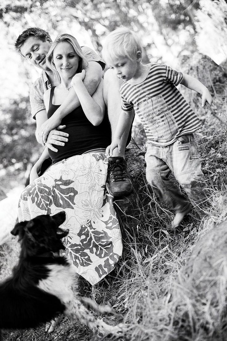 Natural family portraits at Deerpark in Vredehoek, Cape Town.