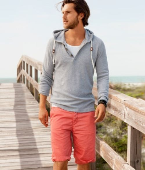love this combination - a casual grey hoodie with bright colored shorts (don't be afraid of color guys)