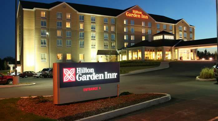 Hilton Garden Inn Halifax Airport Hotel, NS - awesome seafood chowder in the restaurant, saltwater pool smells like the ocean