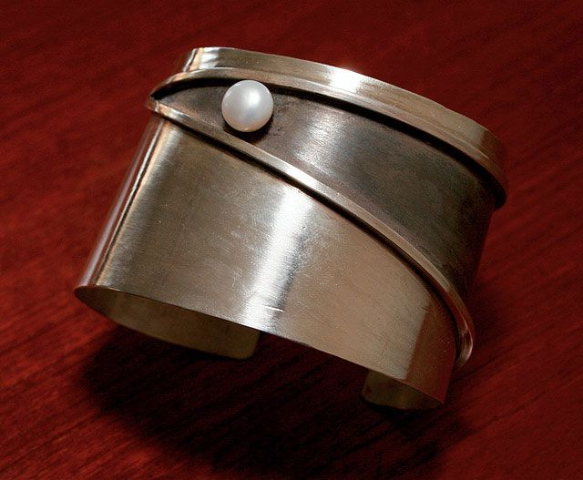 Cuff | Heidi Abrahamson.  Sterling silver with pearl