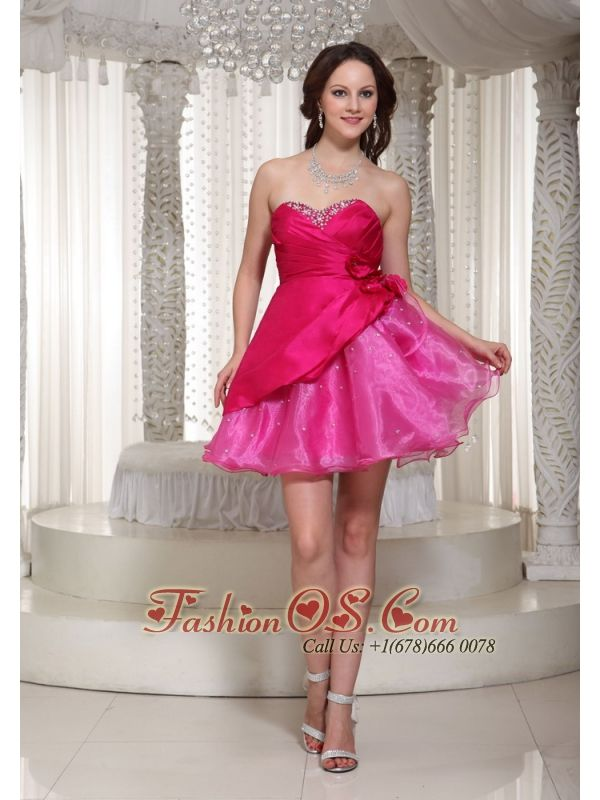 Hot Pink Organza Mini-length Sweetheart For Prom / Cocktail Dress With Beading Decorate  http://www.fashionos.com  http://www.facebook.com/quinceaneradress.fashionos.us   Get the look all your friends will envy in this amazing strapless prom dress. A super cute dress for junior prom, sweet sixteen celebrations, or any special occasion when you want to look your best.