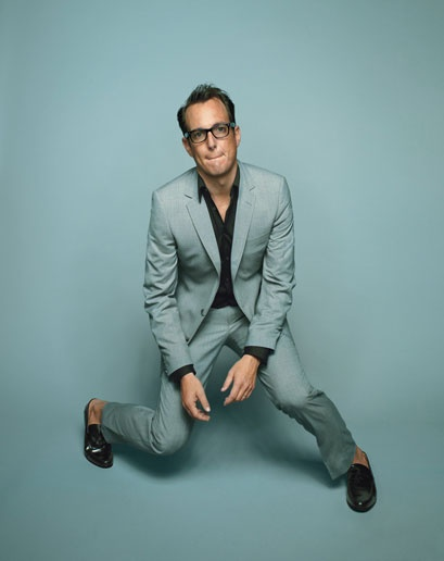 Will Arnett is a baller at dressing it down, fake glasses are for everyone.