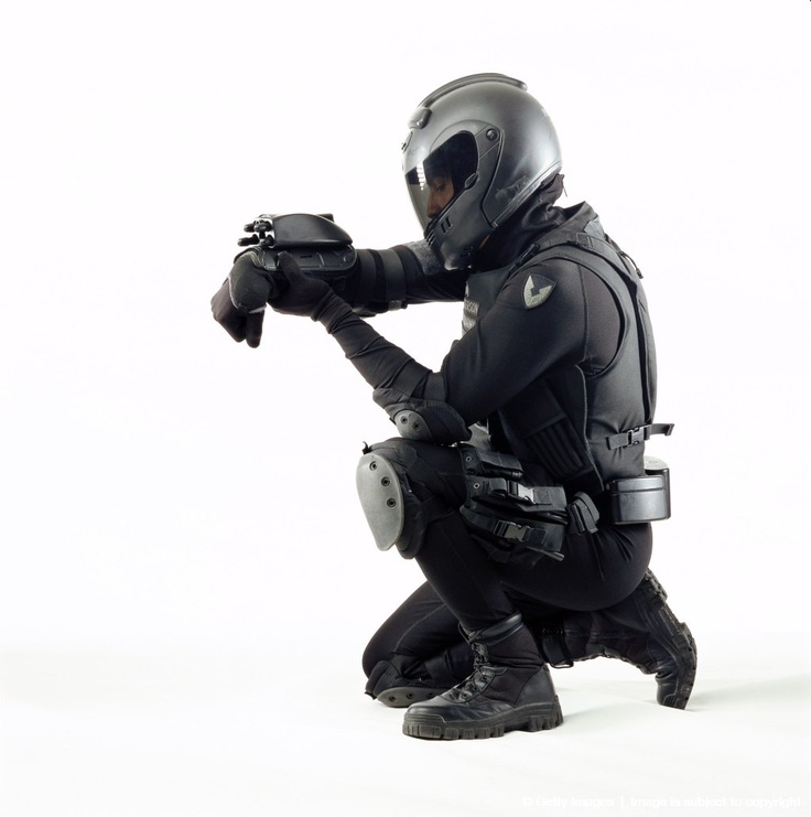 Future Soldier kneeling in body armor. | All You Need To ...