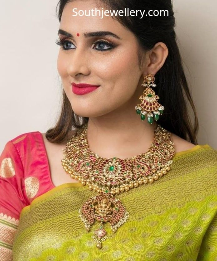 Pin By Manthena Mounika On Gold Pendent In 2019 Jewelry