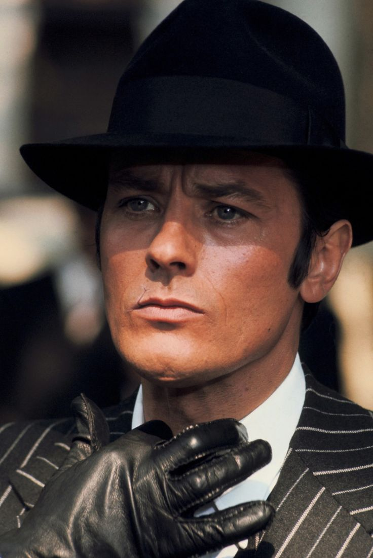 "Alain Delon dans le film""Borsalino"" de Jacques Deray - 1970 © Photo sous Copyright                                                                                                                                                                                 Plus"