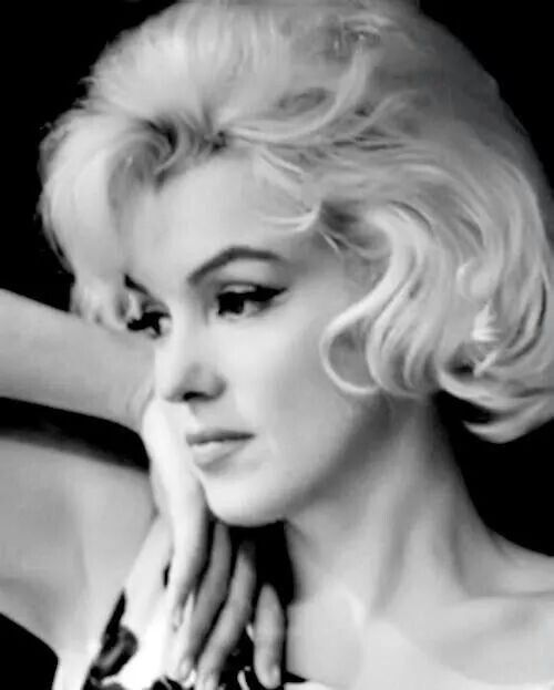 Marilyn photo by Eve Arnold