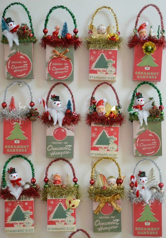 Christmas Ornament Hangers Box Retro Style