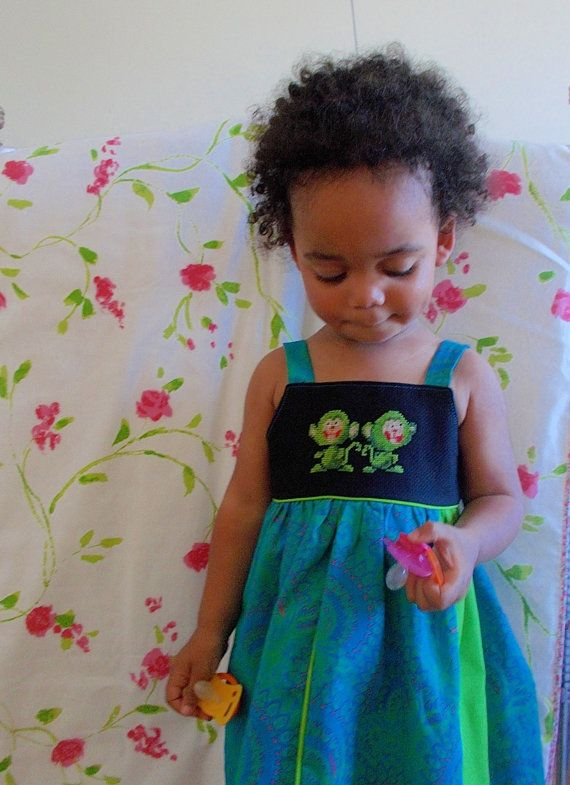 Monkeys Toddler Dress hand embroidered by ANaif on Etsy, €35.00 with african shweshwe fabric