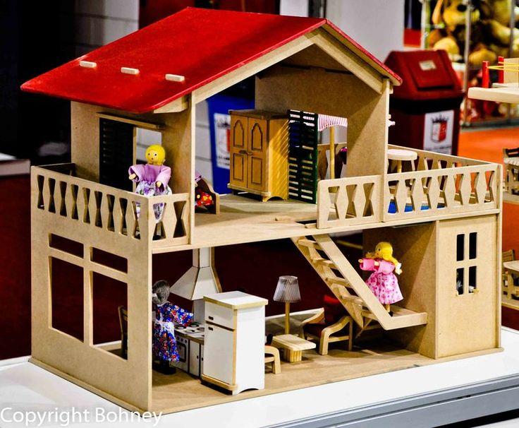 brinquedos waldorf- brinquedos educativos - casa de boneca com piscina - brinquedos de madeira - brinquedos pedagogicos - Brinquedos Waldorf...
