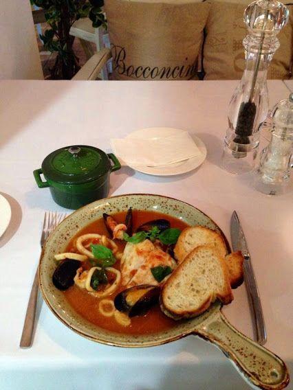 Рыбное ассорти по-венециански - насыщенный вкус и аромат морепродуктов идеально подчеркнут соусом. Наслажайтесь блюдом в ресторане Бокончино http://restorania.com/company/bokonchino-bocconcino-47492/  лучшие #рестораны #Киева - #restorania.com