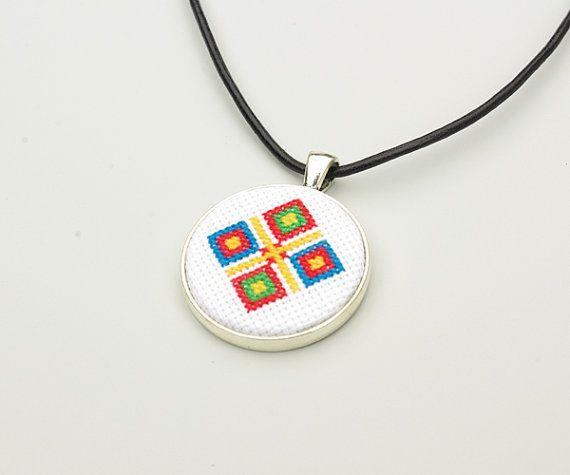 Cruz puntada collar Cruz colgante de stitch étnico inspirado