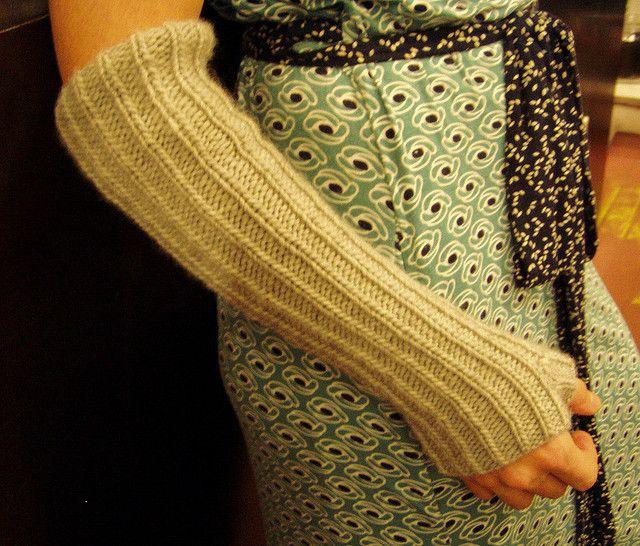 68 Best Knitting Gloves Images On Pinterest Fingerless Gloves