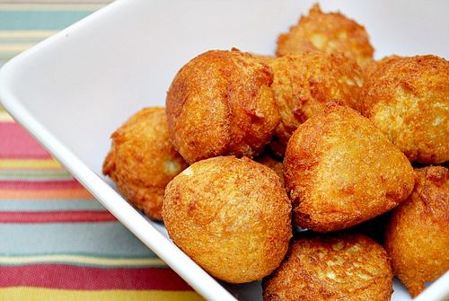 Gluten Free Donut Holes! Clint is going to be so happy I found this recipe!