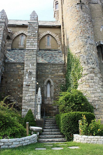 Hammond Castle, Gloucester, Massachusetts; photo by Lehcar1477