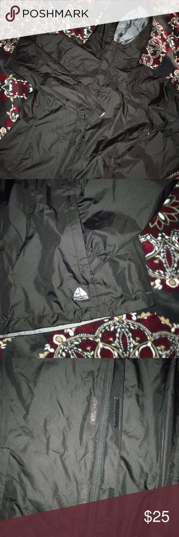 Women's Black Nike ACG Jacket Sz Medium Great condition. There is lint caught in the Velcro. Size Medium Full Zip Nike ACG (All condition gear) Jacket. Women's. Nike ACG Jackets & Coats
