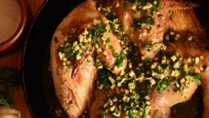 Запеченная курица с кинзой и чесноком - рецепты с фото 🍴 📖 - как приготовить в домашних условиях – Контрольная закупка
