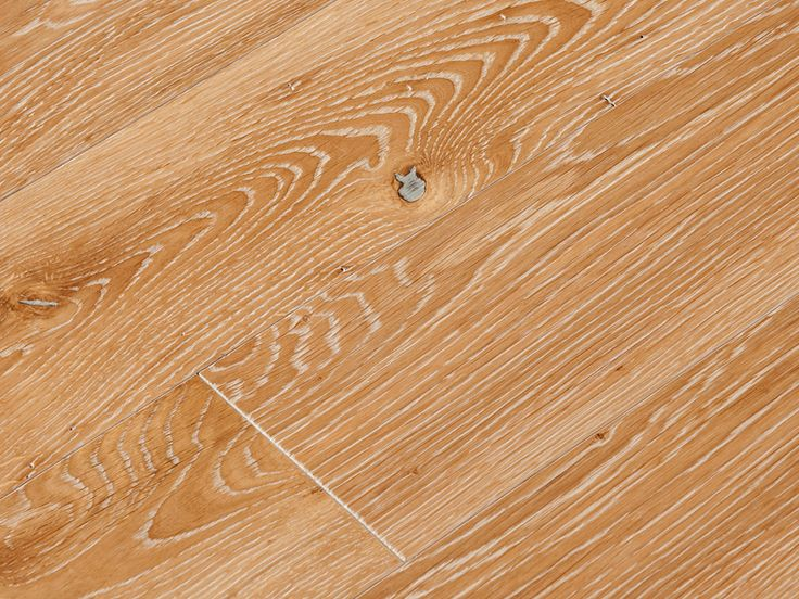 Oak Antique White, Silk Oil matte, 1 Common. Country Oak flooring collection by Coswick.