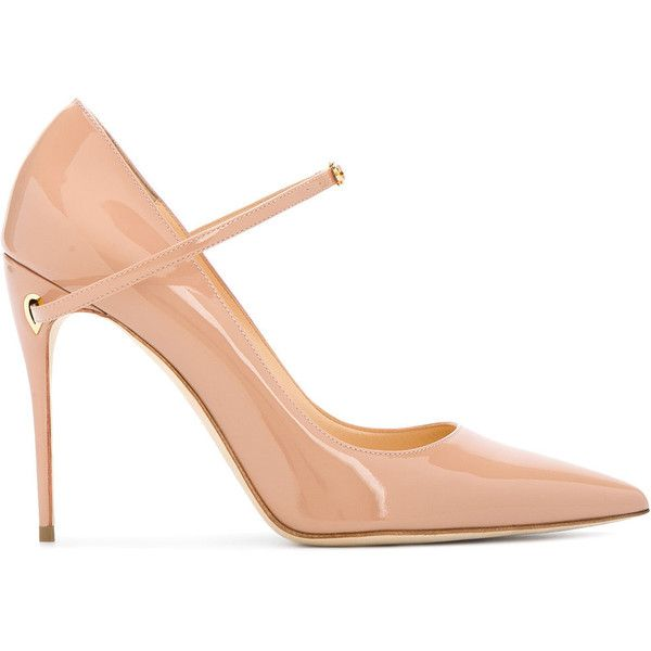 Jennifer Chamandi Nude Lorenzo Pointed Heels (12,650 MXN) ❤ liked on Polyvore featuring shoes, pumps, nude shoes, nude footwear, pointed shoes, nude court shoes and pointy-toe pumps