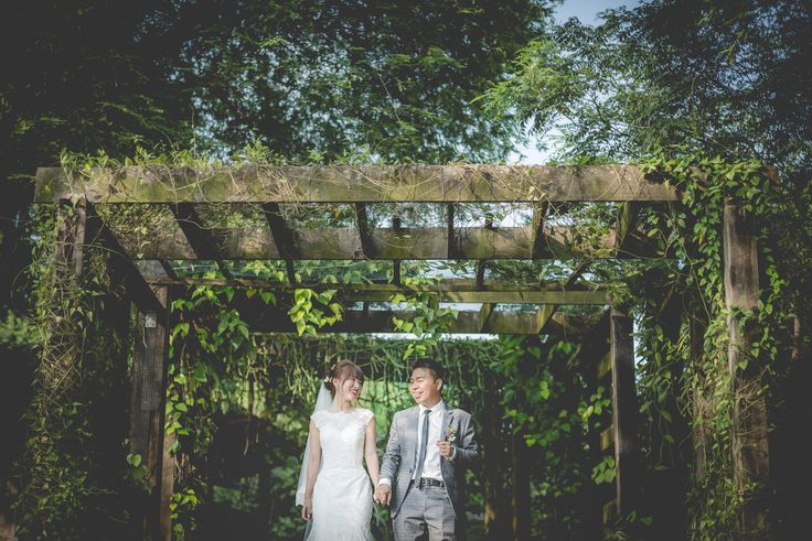 Wedding Day Photography in Singapore at Botanical Garden Singapore!