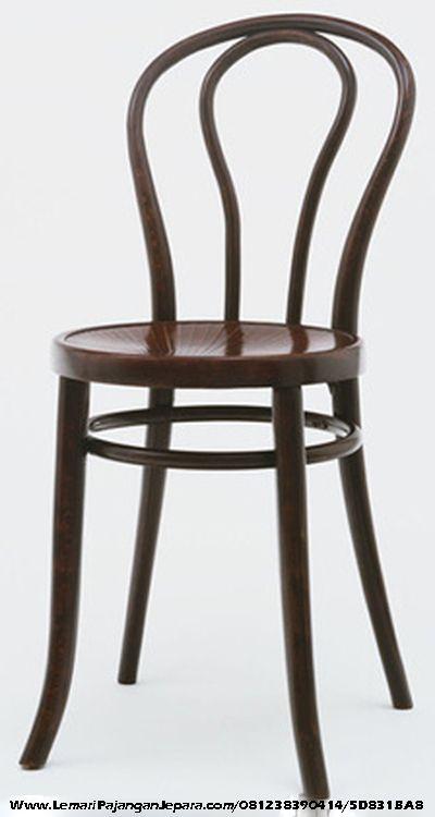 JualKursi Cafe Kayu Jati Model Koboi Model desain Furniture Cafe Restoran dengan Model Sandaran Lengkung dengan Bahan Kayu Yang berkualitas Model Bundar Lengkung