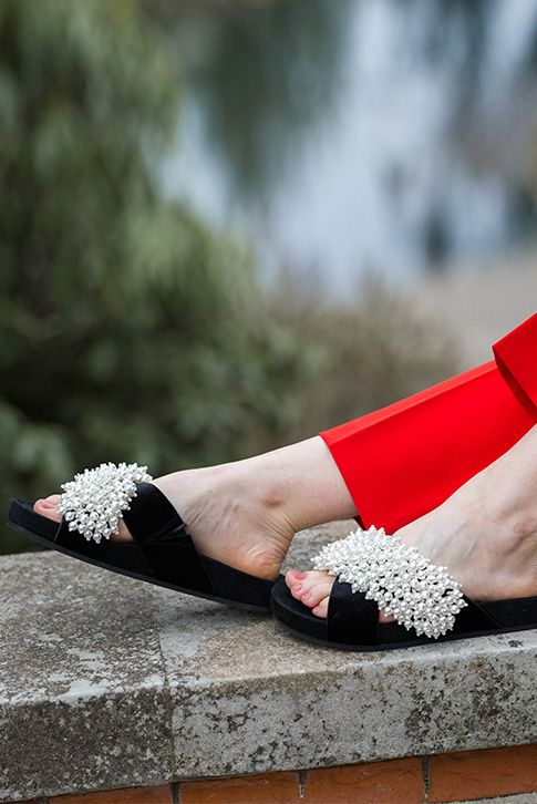 Trim summertime ensembles with the understated detail of the new Magnolia slip-on by KG Kurt Geiger. With a comfy black footbed, this easy design is embellished with a clutter of iridescent beads at the toe.
