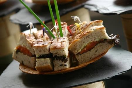 Sandwich break