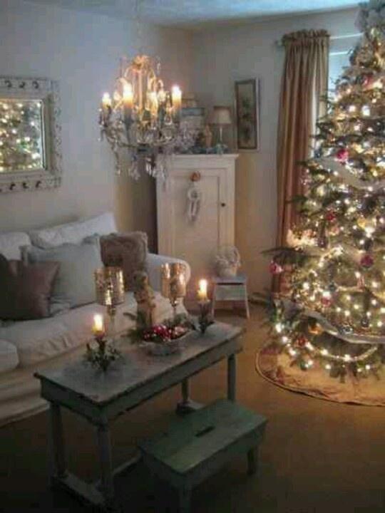 41 christmas decoration ideas for your living room. Black Bedroom Furniture Sets. Home Design Ideas