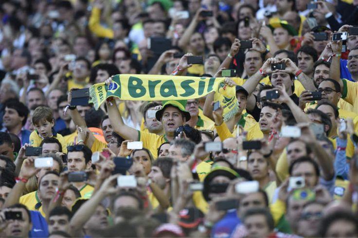 Abertura da Copa teve congestionamento no 3G | #3g, #4g, #Abertura, #AgênciaBrasil, #BrasilVsCroácia, #Celular, #Copa, #Economia, #Itaquerão, #SabrinaCraide, #Telefonia