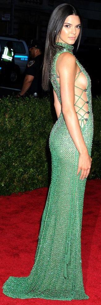 Kendall Jenner   2015 Met Gala